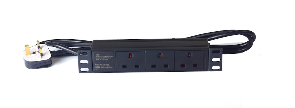 "3 way 10"" UK type PDU without switch"