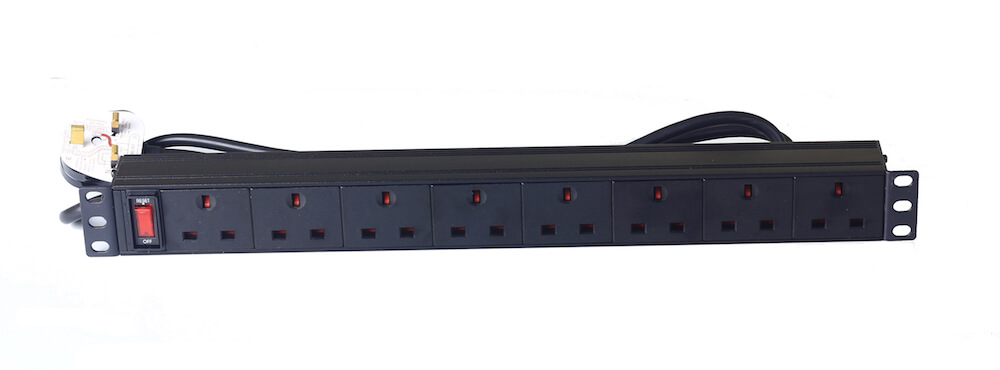 8 way UK type PDU with switch